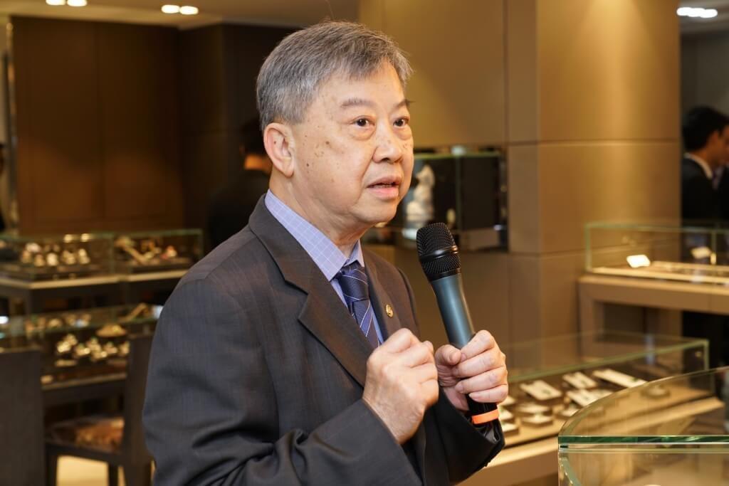 景福集團總經理陸烱鏞表示 : 「景福珠寶長久以來以誠信、可靠見稱。」